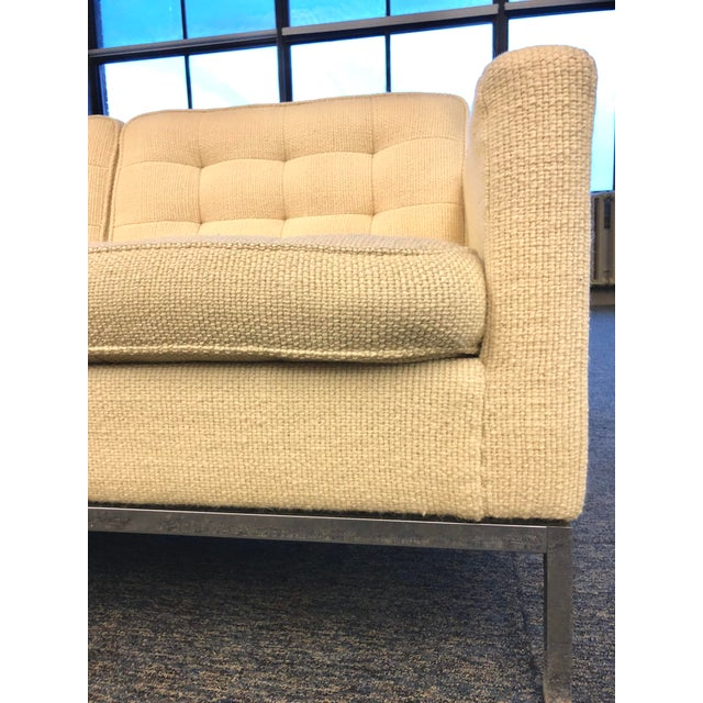 Mid-Century Modern Florence Knoll Cream Colored Wool and Chrome Three Seat Sofa For Sale - Image 5 of 7