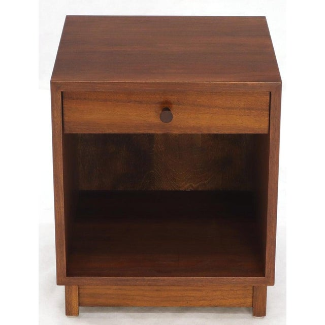 Pair of Cube Shape Oiled Walnut One Drawer Mid-Century Modern End Tables Stands For Sale - Image 9 of 13