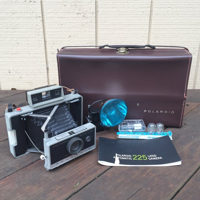 Vintage 70s Polaroid 225 Land Camera For Sale - Image 5 of 5