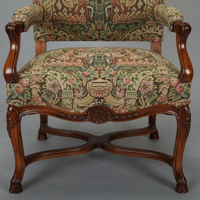 Gold French 19th Century Bergere Covered In Old World-Style Tapestry For Sale - Image 8 of 8
