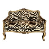 Image of 19th Century Vintage Italian Carved Gold Leafed Sofa For Sale