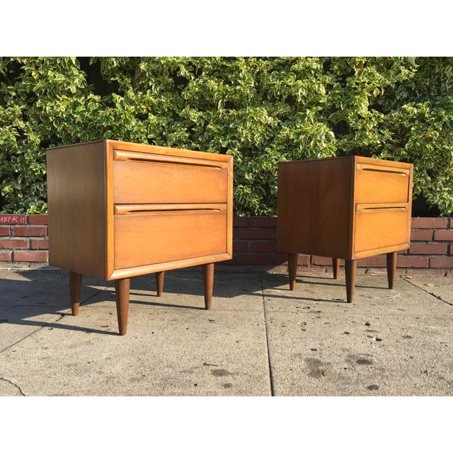 Mid-Century Modern Walnut Nightstands - A Pair - Image 5 of 6