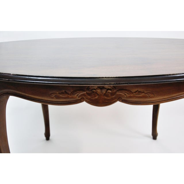 Wood Vintage French Oval Queen Anne Cherry Wood Dining Table Circa 1960 For Sale - Image 7 of 13