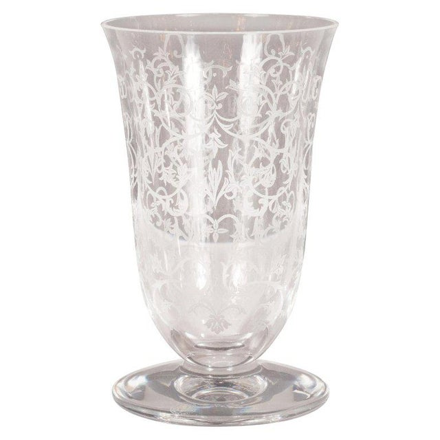 French Mid-Century Modern Foliate Etched Crystal Vase by Baccarat For Sale In New York - Image 6 of 9