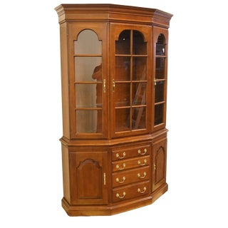 Late 20th Century Harden Furniture Cherry Illuminated Display Cabinet For Sale