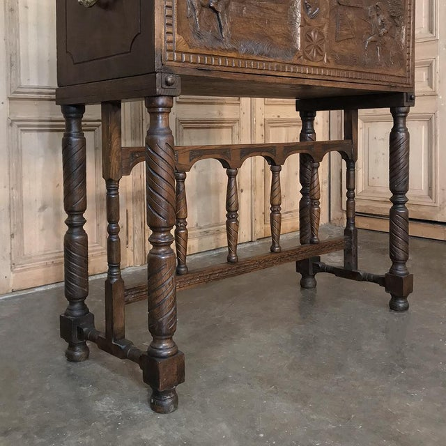 19th Century Spanish Raised Cabinet Carved With Don Quixote For Sale - Image 9 of 13