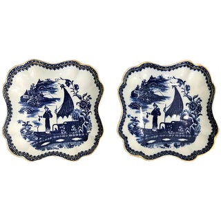 Pair of Antique English Blue and White Chinoiserie Square Bowls by Caughley For Sale