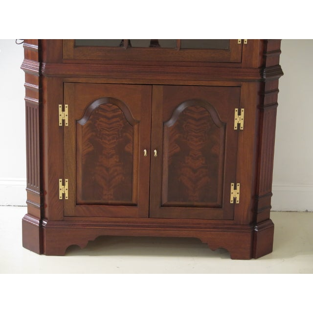 Councill Craftsmen Chippendale Mahogany Corner Cabinets- A Pair For Sale In Philadelphia - Image 6 of 13