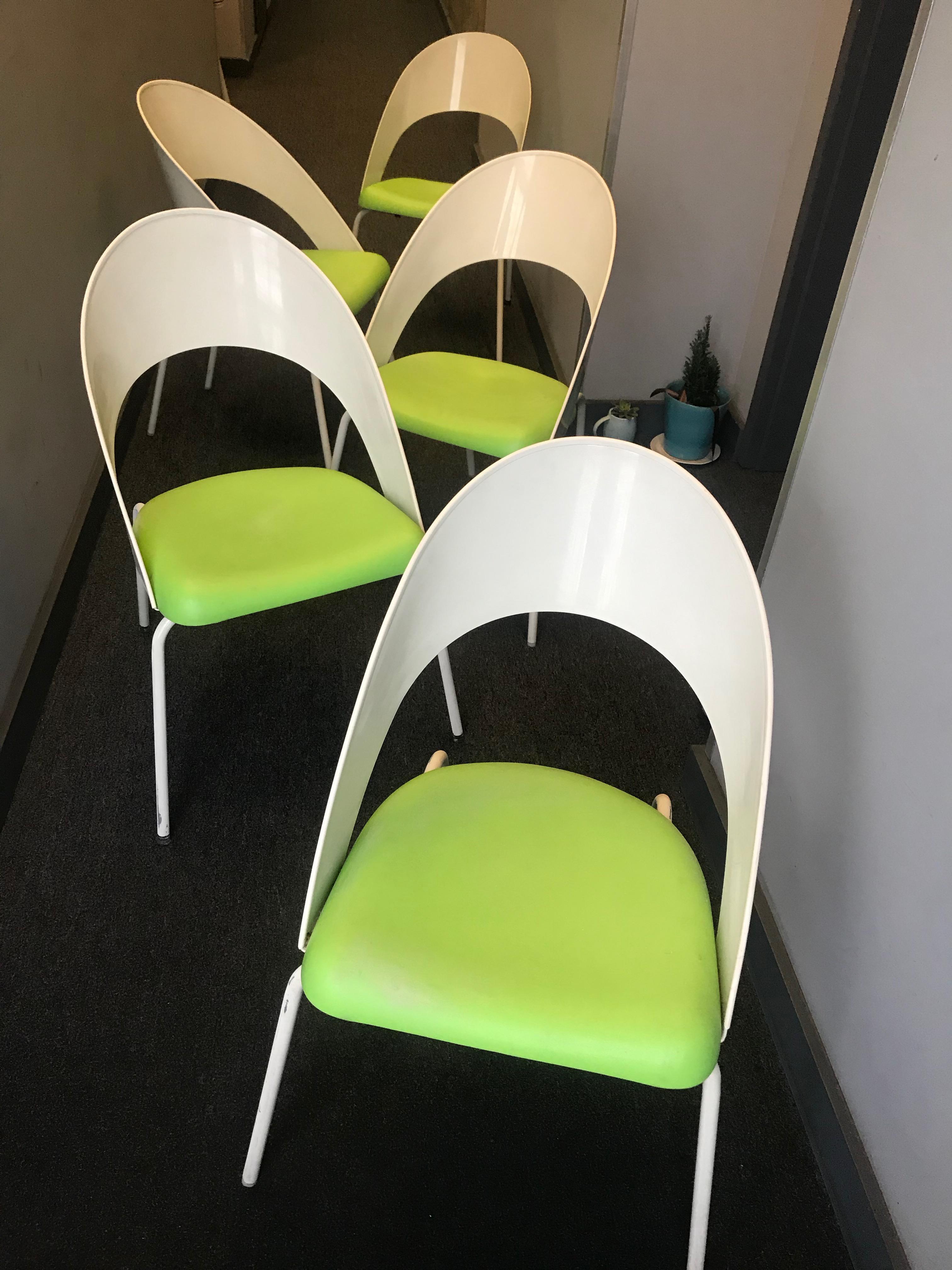Vintage Mid Century Patio Chairs Set Of 5 Chairish