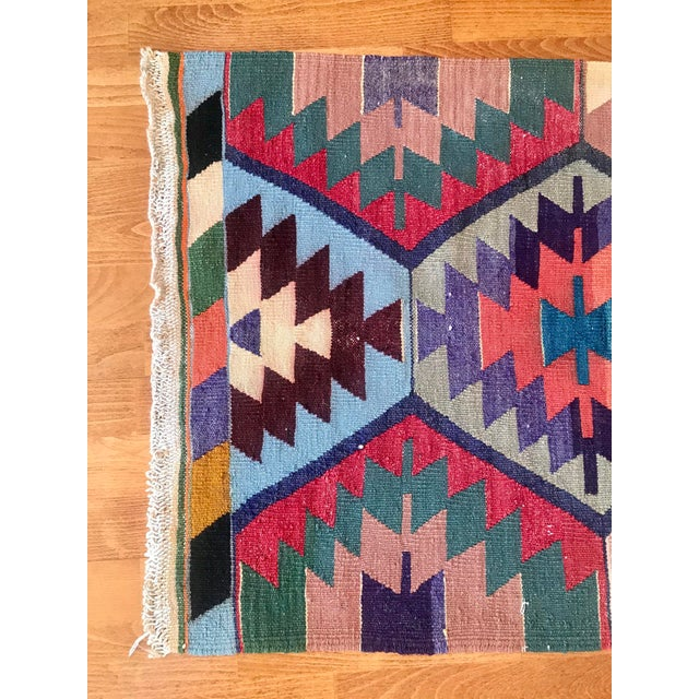 "1970s Vintage Turkish Kilim -2'2"" 6'3"" For Sale - Image 5 of 11"
