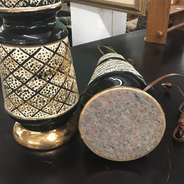 Vintage 50's Ceramic Lamps -Pair For Sale - Image 4 of 13