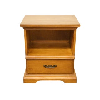 Late 20th Century Vintage Pennsylvania House Maple Nightstand For Sale