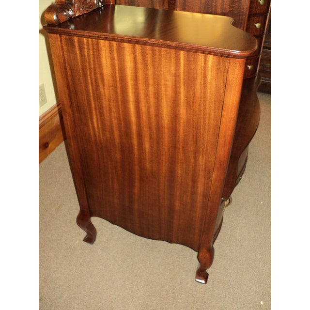 This is a very handsome Antique Mahogany Jean Harlow type Dresser/Vanity in excellent refinished condition...circa 1900...