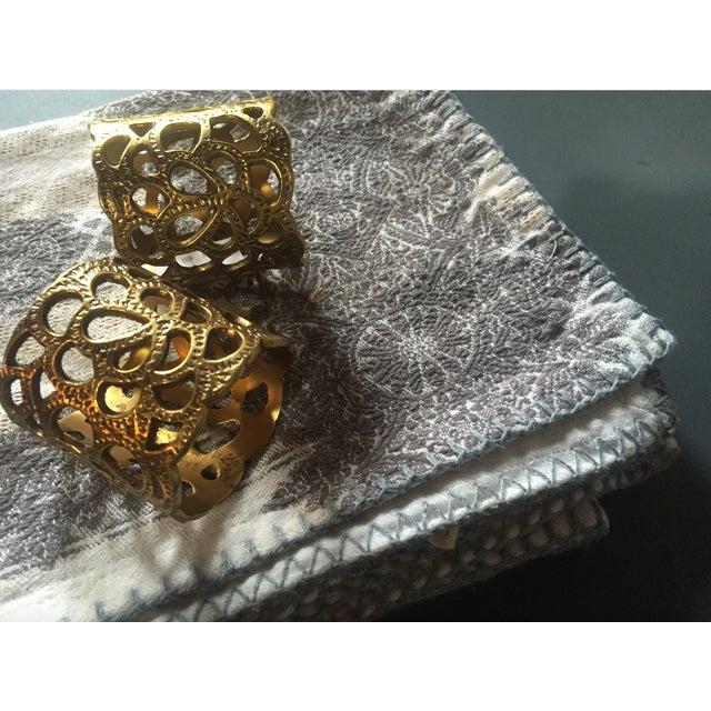 Oscar De La Renta Brass Gardenia Napkin Ring- A Pair - Image 5 of 8