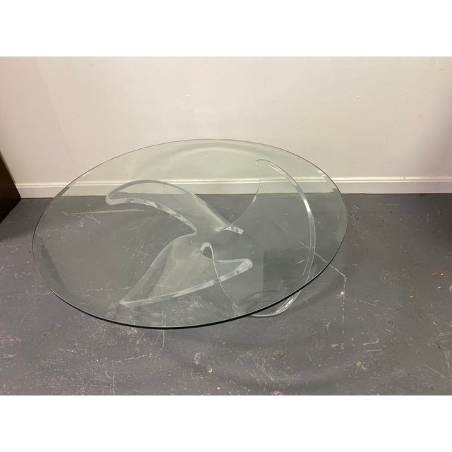 Mid Century Lucite Propeller Base With Glass Top Table For Sale In Washington DC - Image 6 of 6