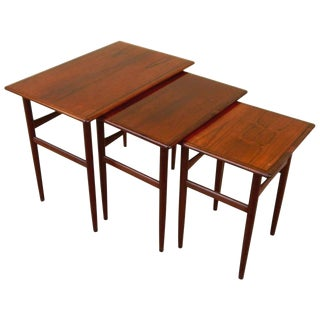 1950s Mid-Century Modern Rosewood Nesting Tables - Set of 3 For Sale
