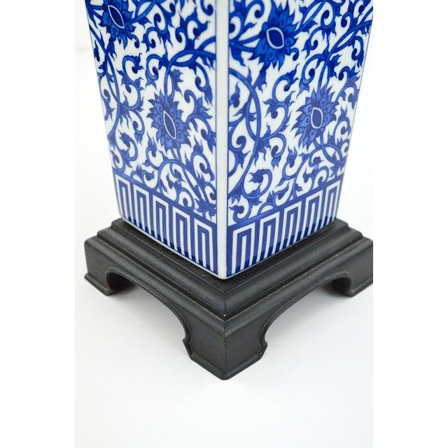 Blue & White Chinoiserie Vase Lamp - Image 7 of 8