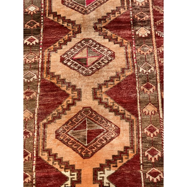 Anatolian rug anatolian rug is a term of convenience, commonly used today to denote rugs and carpets woven in anatolia (or...