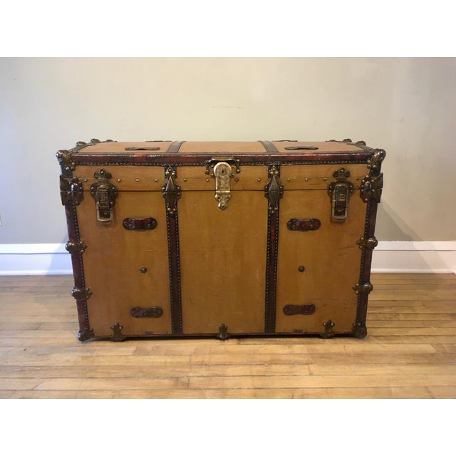 Early 1900's canvas travel trunk owned by Eugene Potter president of Chicago based Winsted Silk Co. This restored trunk...