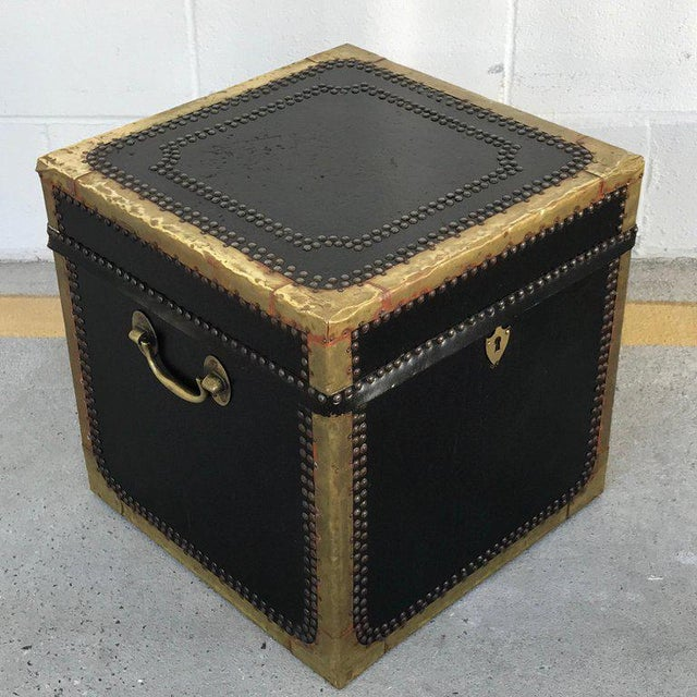 Gold Regency Style Brass-Mounted Leather Cube Trunk For Sale - Image 8 of 10