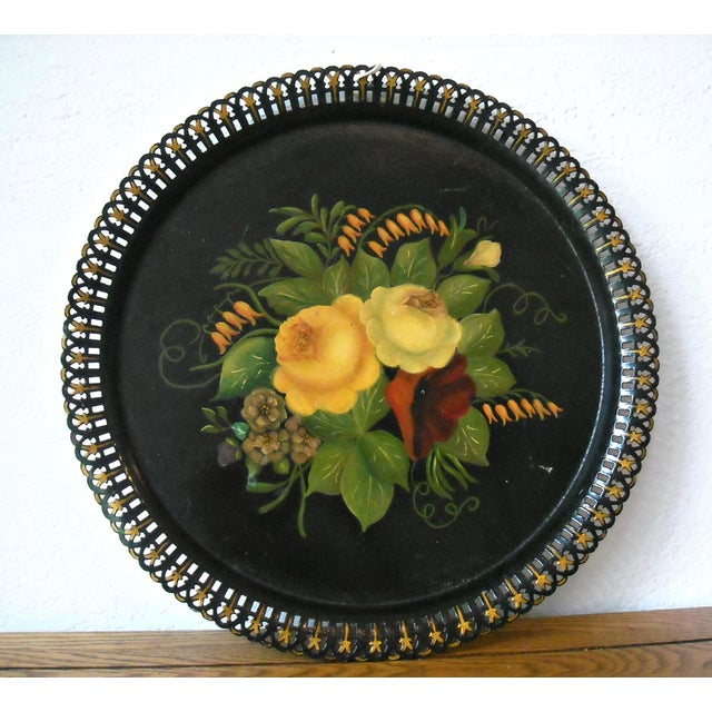 Antique Round Floral Tole Tray - Image 2 of 4