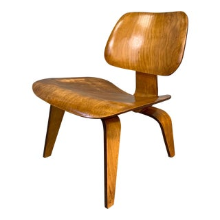 Mid-Century Charles Eames Lcw Herman Miller Lounge Chair For Sale