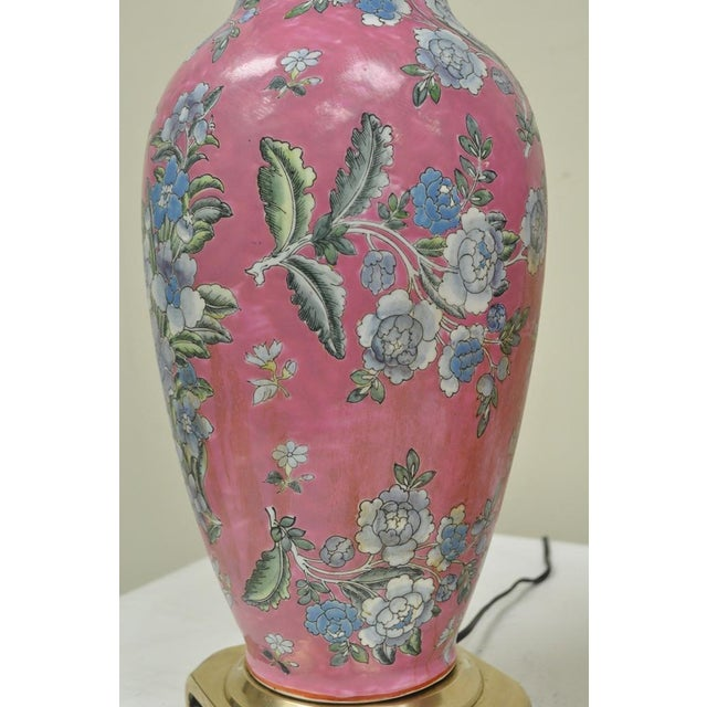 Pair of Vintage Oriental Heyward House Brass Ceramic Pink Floral Table Lamps For Sale - Image 4 of 11