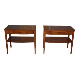 Vintage Pair Traditional Federal Mahogany End Tables Nightstands Mersman Tables For Sale