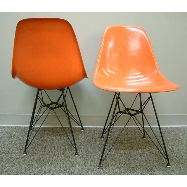 """Eames Pair of Charles and Ray Eames Orange Dsr Fiberglass """"Eiffel Tower"""" Side Chairs For Sale - Image 4 of 8"""