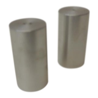 Tubular Chrome Round Salt and Pepper Shakers For Sale