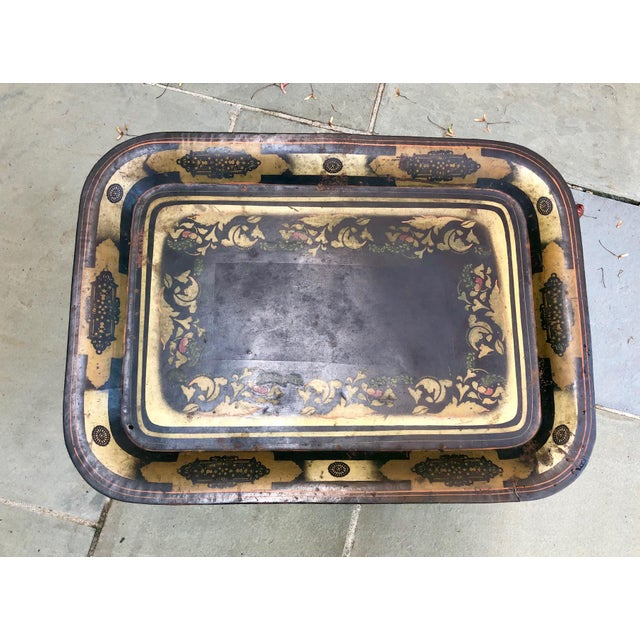 19th Century Early American Stenciled Tole Tray Table For Sale In New York - Image 6 of 11