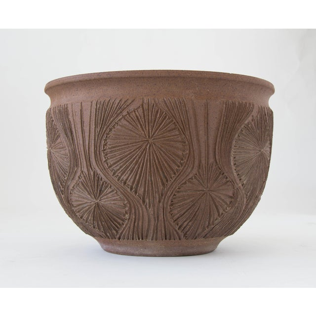 "Robert Maxwell Earthgender Bowl Planter in ""Teardrop Sunburst"" Pattern - Image 5 of 7"