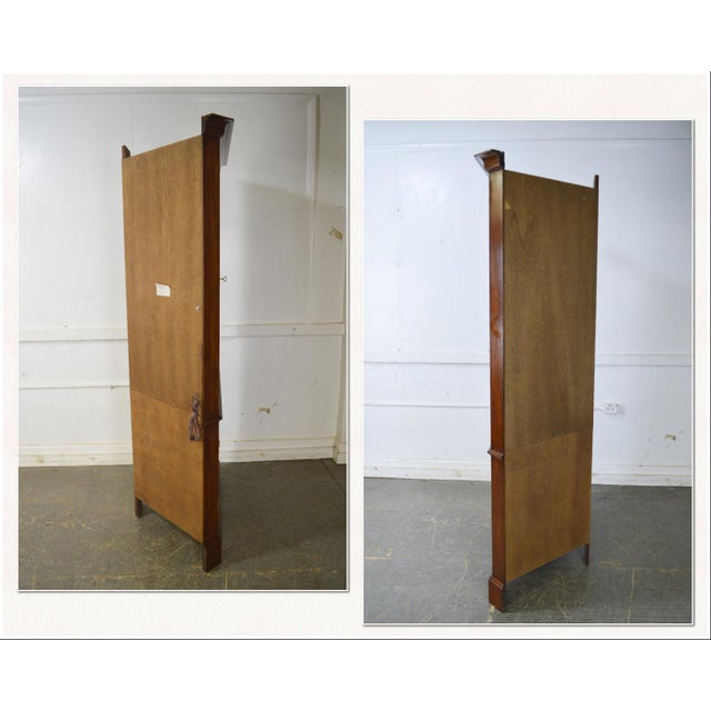 1980s Henkel Harris Chippendale Style Pair of Solid Cherry 12 Pane Corner Cabinets For Sale - Image 5 of 13