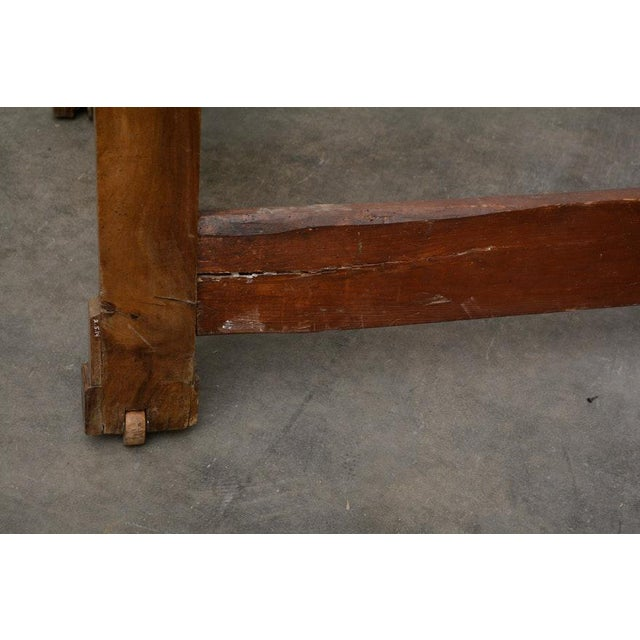 Early 19th Century French Provincial Walnut Daybed Frame For Sale - Image 9 of 12
