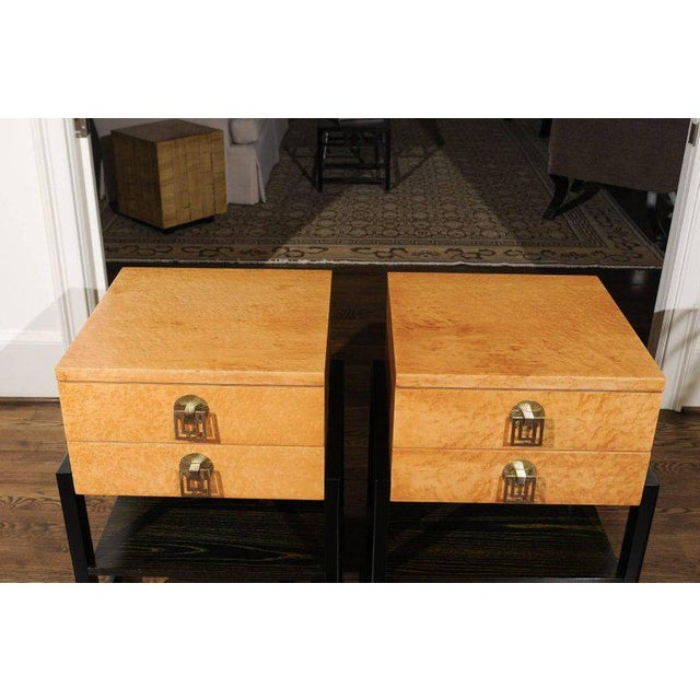 Magnificent Pair of End Tables by Renzo Rutili in Birdseye Maple, Circa 1955 For Sale - Image 10 of 13