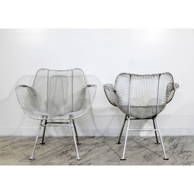 Russell Woodard Mid-Century Modern Russell Woodard Sculptura Outdoor Patio Armchairs - a Pair For Sale - Image 4 of 7