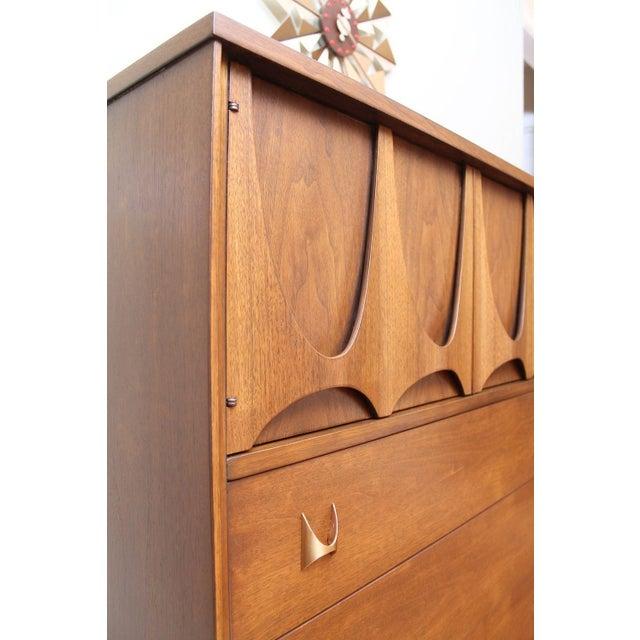 Mid-Century Modern Broyhill Brasilia Magna Dresser For Sale - Image 5 of 7