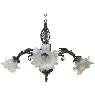 Early 20th Century Antique Victorian Cast Brass Chandelier For Sale