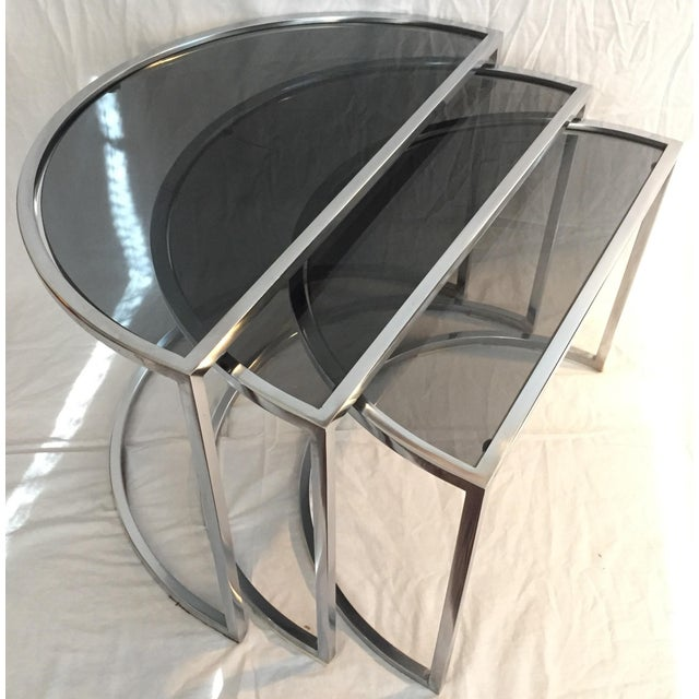 Late 20th Century Italian Chrome & Smoke Glass Nesting Tables - Set of 3 For Sale - Image 12 of 12