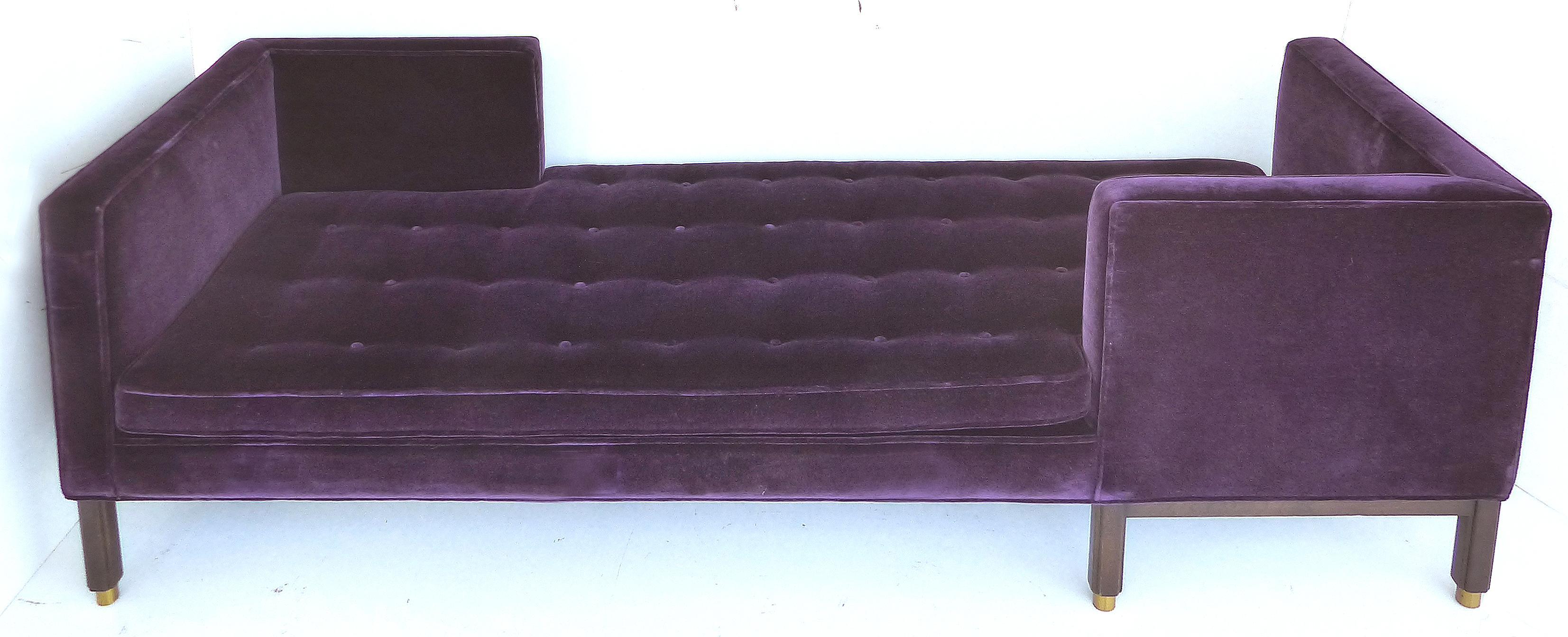 Edward Wormley Tête à Tête Sofa (Model 5944) For Dunbar, C
