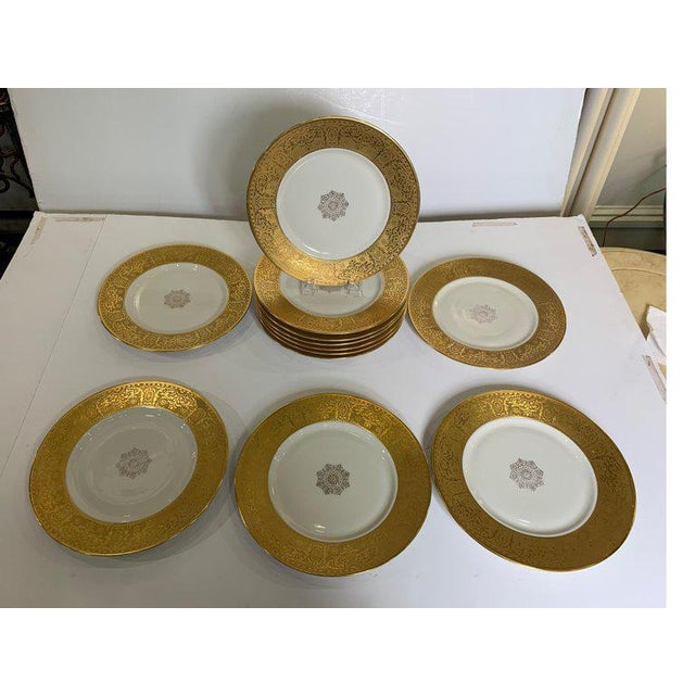 Ovington Brother at New York Wide Gold Bordered Service Plates - Set of 12 For Sale - Image 4 of 12