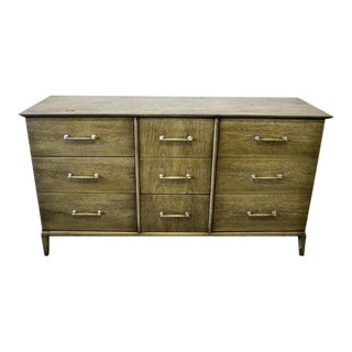 Heritage Henredon Walnut Dresser