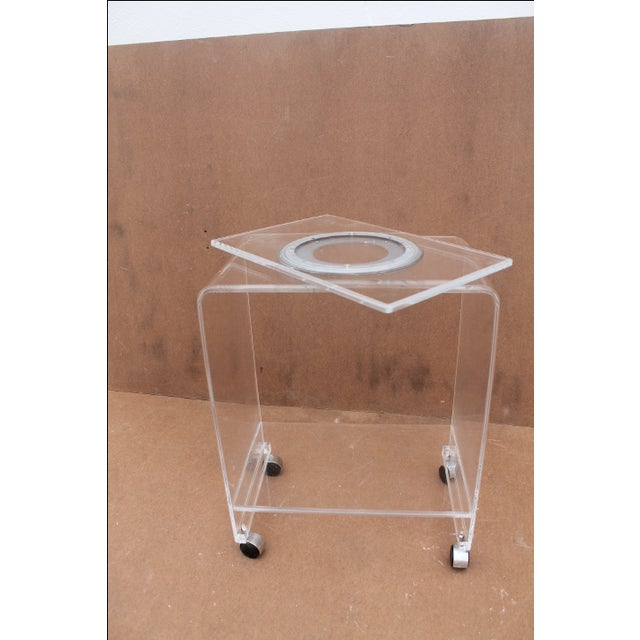 Transparent Mid-Century Lucite Swivel Top Bar Cart For Sale - Image 8 of 10
