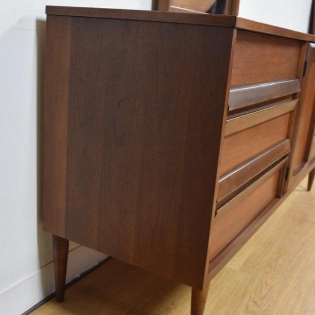 Bassett Mid-Century Walnut Dresser & Mirror For Sale - Image 5 of 11