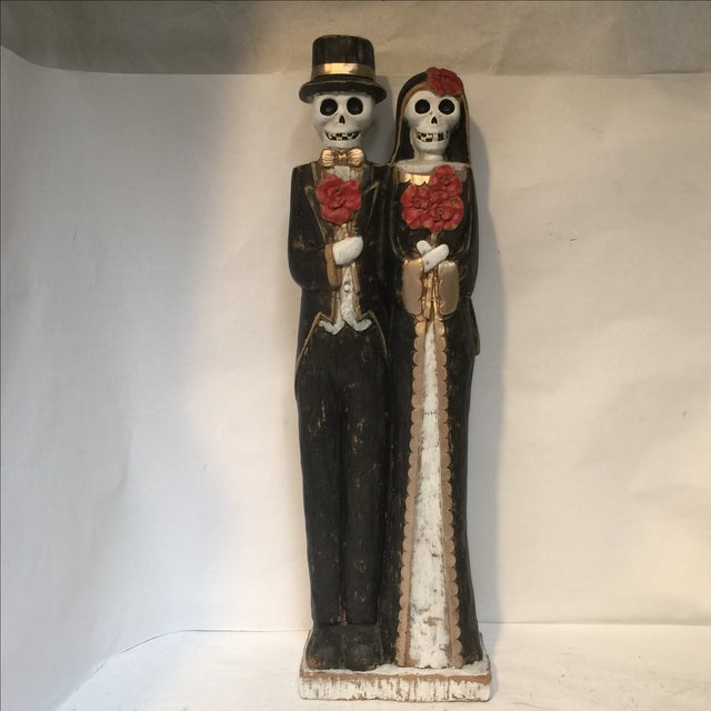 Plastic Day of the Dead Bride & Groom Figurine For Sale - Image 7 of 8