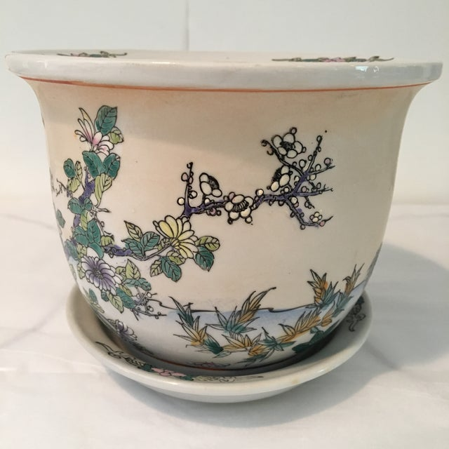 1970s Chinese Cream Colored Planter and Tray - 2 Pieces For Sale - Image 4 of 11