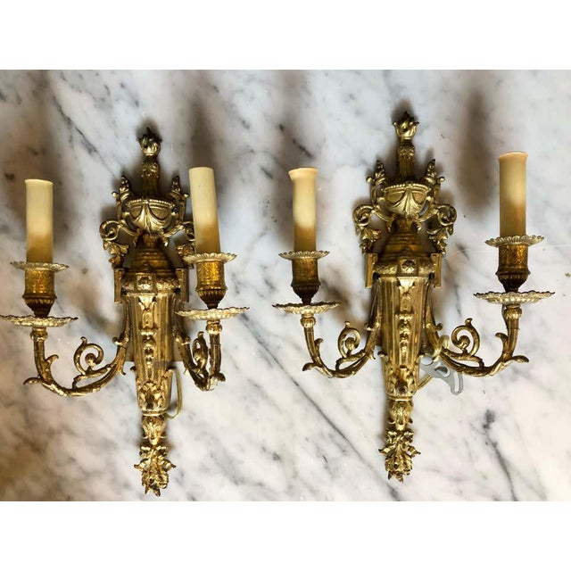 English Pair of English Adam Style Brass Dore Wall Sconces Two-Light Arms For Sale - Image 3 of 11