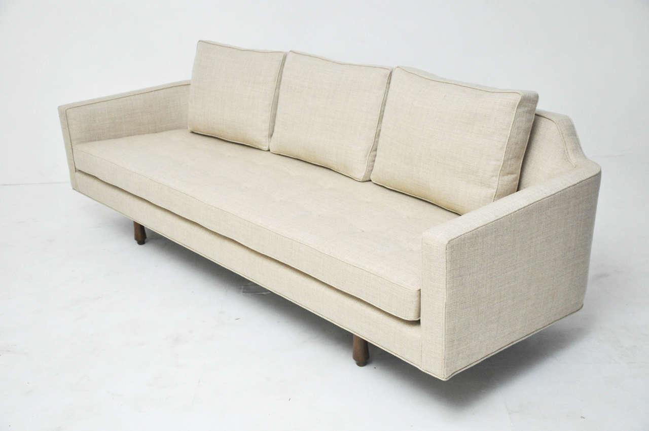 Mid Century Modern Dunbar Curved Back Sofa By Edward Wormley For Sale    Image 3
