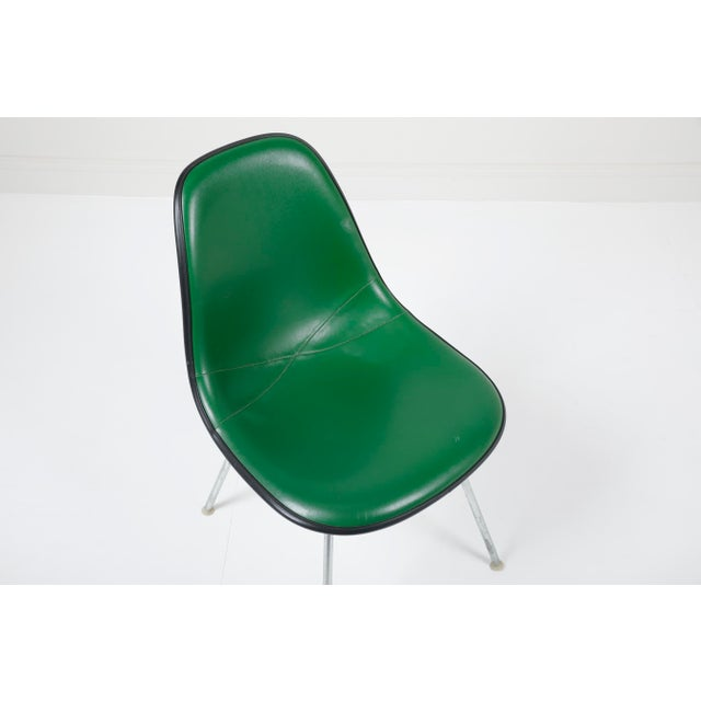 Herman Miller 1970s Vintage Herman Miller Eames Dsx Fiberglass Padded Shell Chairs- Set of 4 For Sale - Image 4 of 11