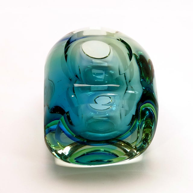 Art Glass Mid-Century Modern Flavio Poli Seguso Murano Blue Faceted Orb Paper Weight For Sale - Image 7 of 9